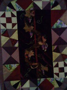 grappes de raisin en relief sur velours