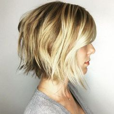 20 Ideas for short choppy haircuts. Best and unique short choppy haircuts. Enhance your straight, curly, fine or thick hair with these amazing haircuts. Short Choppy Bobs, Short Choppy Haircuts, Choppy Bangs, Stacked Bob Hairstyles, Short Hair Cuts, Short Hair Styles, Choppy Layers, Haircut Short, Short Wavy