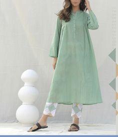 Simple Kurti Designs, Kurti Neck Designs, Kurta Designs Women, Kurti Designs Party Wear, Stylish Dress Designs, Designs For Dresses, Stylish Dresses, Modest Dresses, Casual Dresses