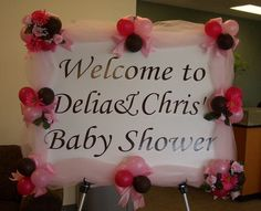 I would do this in Purple, Black & White for Violet's baby shower...:)