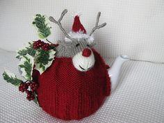 Rudolph tea cosy