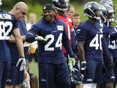 1c347ba27 seattle seahawk players photos seattles times   ... practice, so does  Marshawn Lynch