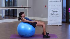 Free Workout, Ab Workout At Home, At Home Workouts, Exercices Swiss Ball, Stability Ball Exercises, Body Makeover, Exercise Ball, Fitness Workout For Women, Workout For Beginners
