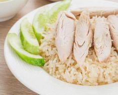 Blancs de poulet pochés à l'ail sur lit de Basmati citronné : http://www.fourchette-et-bikini.fr/recettes/recettes-minceur/blancs-de-poulet-poches-lail-sur-lit-de-basmati-citronne.html