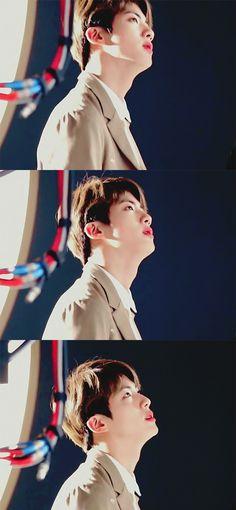 I wonder why is he so handsome? Kdrama, Mnet Asian Music Awards, Album Bts, Kim Woo Bin, Worldwide Handsome, Kpop, Bts Jin, Bts Boys, Bts Wallpaper