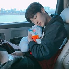 Image discovered by Saejin. Find images and videos about actor and kim minjae on We Heart It - the app to get lost in what you love. Asian Actors, Korean Actors, Flower Crew, Ahn Hyo Seop, Romantic Doctor, Jin Goo, Kim Myung Soo, Seo Kang Joon, Weightlifting Fairy Kim Bok Joo