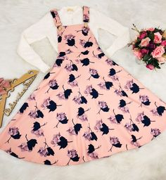 Atelier da saias 👗 Modest Outfits, Skirt Outfits, Classy Outfits, Pretty Outfits, Pretty Dresses, Stylish Outfits, Teen Fashion Outfits, Cute Fashion, Skirt Fashion