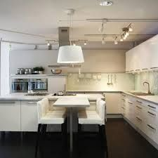 Lay out option for transition to dining. Minimal Kitchen, Modern Kitchen Design, New Kitchen, Kitchen Dining, Kitchen Ideas, Deco Cool, Kitchen Images, Basement Renovations, Home Reno
