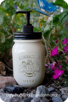 cute....love the distressed look of jar coming thru...