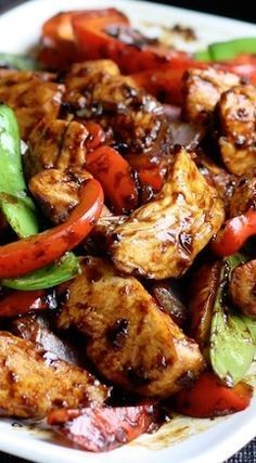 Stir-Fried Chicken with Chinese Garlic Sauce ~ Delicious! Stir-Fried Chicken with Chinese Garlic Sauce ~ Delicious! Wok Recipes, Easy Asian Recipes, Turkey Recipes, Chicken Recipes, Dinner Recipes, Cooking Recipes, Healthy Recipes, Game Recipes, Snacks