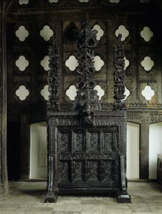 This so-called 'movable' screen is the only one of its kind known to have survived intact. Its original purpose was to screen the passage to the kitchen from the Great Hall – the main dining hall of Tudor times.