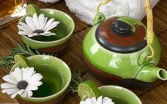 Chamomile Tea: A Best Solution for Effective Insomnia Kitchen Dishes, Food Dishes, Chamomile Tea Benefits, Asian Tea Sets, Tea Wallpaper, 1080p Wallpaper, Drink Photo, Glass Tea Cups, Flower Tea