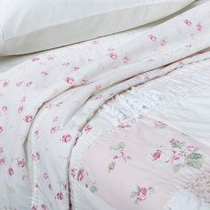 Dutchess Blossom Comforter Amp Sham Set Neutral Simply