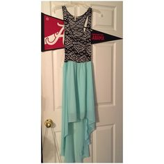 High-low dress Excellent condition. Only worn once. Offers always welcome but no trading. Dresses High Low