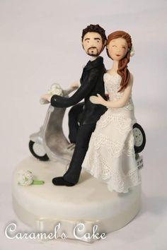 Vespa cake topper - Cake by Caramel's Cake di Maria Grazia Tomaselli
