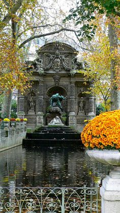 falling leaves & temperatures embrace the beautiful medici fountain in paris ...autumnal splendor...french style...