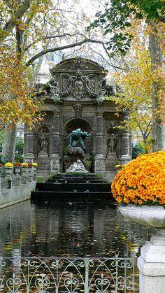 Medici Fountain, Jardin du Luxembourg, Paris!