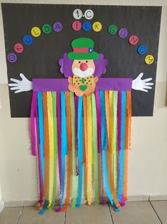 Paper plate jellyfish craft for kids Circus Crafts Preschool, Clown Crafts, Carnival Crafts, Carnival Decorations, School Decorations, Craft Activities, Easy Paper Crafts, Diy And Crafts, Crafts For Kids