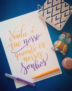 Qual o teu sonho?  .  #caligrafia #calligraphy #caligrafiamoderna #moderncalligraphy #lettering #handlettering #brushpen #brushpencalligraphy #sonho #dream #goals #objetivos #letsdothis #ncdl #nocaminhodasletras