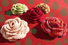 Ravelry: Rose Brooch pattern by Daniela Herbertz