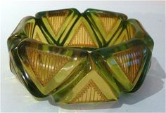 To-die-for applejuice-and-green bakelite bangle
