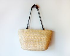 straw bag to carry my thingabobs and whosowhatsits