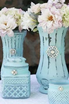 chalk paint ideas (love the use of broaches). can get these things at thrift sho… chalk paint ideas (love the use of broaches). can get these things at thrift shops, easy peasy, cheap. Jar Crafts, Bottle Crafts, Diy And Crafts, Arts And Crafts, Chalk Paint Projects, Craft Projects, Projects To Try, Paint Ideas, Chalk Ideas