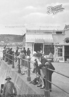 Photo of Leaning On The Promenade Railings Part of The Francis Frith Collection of historic photographs of Britain. Did you know you can browse the archive online today for free? Your nostalgic journey has begun. Penzance Cornwall, Nostalgic Images, British Summer, Boater, Edwardian Era, Railings, Life Images, Vintage Images, Seaside