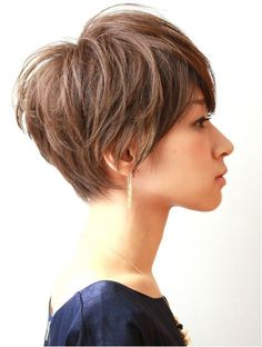 Pin on 髪型 Shortish Haircuts, Short Choppy Haircuts, Short Hair Cuts For Women, Short Hairstyles For Women, Hairstyles Haircuts, Short Dark Hair, Asian Short Hair, Elizabeth Arden, Corte Pixie