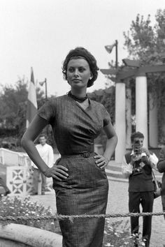 48 Photos of Sophia Loren's Iconic Style
