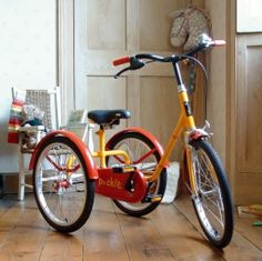 Pashley - Pickle Tricycle. If this doesn't bring you to the moon, I don't know what will. British Bicycles.