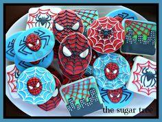 Spiderman cookies Spiderman Cookies, Superhero Cookies, Spiderman Theme, Superhero Cake, Iced Cookies, Cute Cookies, Cupcake Cookies, Sugar Cookies, Cookie Frosting