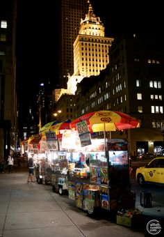 New York food carts for late-night dining at affordable prices.