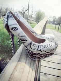 Hand painted portrait on wedding shoes by Love, Miranda Marie! http://lovemirandamarie.blogspot.com/