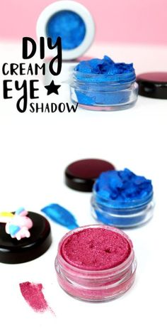 DIY Halloween Makeup: Cream Eyeshadow Recipe for Halloween Makeup Looks. How to make your own cosmetics for Halloween makeup ideas. Try these super pigmented DIY cream eyeshadows with eco-friendly biodegradable glitter! Two eye makeup recipes for beautiful and bold DIY cream eyeshadows to rock this Halloween for the best Halloween makeup ideas this fall. #makeup #halloween #eyeshadow #diy Love Makeup, Diy Makeup, Unique Makeup, Fall Makeup, Makeup Style, Makeup Ideas, Halloween Makeup Looks, Halloween Eyeshadow, Diy Halloween