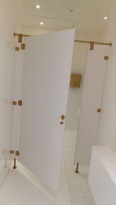 tecnica en alta decoracion con JNF habithame home desing. Bathtub, Bathroom, Home, Standing Bath, Washroom, Bathtubs, Bath Tube, Full Bath, Ad Home