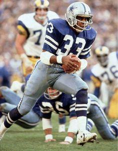 Top 10 Dallas Cowboys of All Time Dallas Cowboys Football, Dallas Cowboys Pictures, Nfl Football Players, School Football, Cowboys Win, Football Memes, Cowboys Helmet, Nfl Broncos, Sport Football
