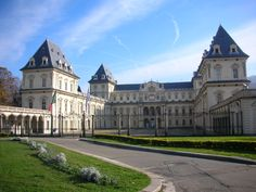 Castello del Valentino, sede della facoltà di Architettura del Politecnico di Torino
