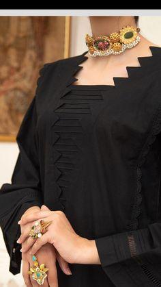 Salwar Neck Designs, Kurta Neck Design, Neck Designs For Suits, Neckline Designs, Dress Neck Designs, Kurta Designs Women, Girls Dresses Sewing, Stylish Dresses For Girls, Stylish Dress Designs