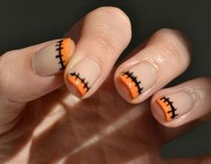 Loving these festive Halloween nail designs! Loving these festive Halloween nail designs! Love Nails, How To Do Nails, Fun Nails, Pretty Nails, Subtle Nails, Chic Nails, Halloween Nail Designs, Halloween Nail Art, Halloween Fun