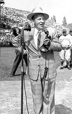 Bing Crosby's real name was Harry Lillis Crosby, Jr.