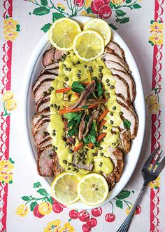 Vitello Tonnato (Veal with Tuna-Caper Sauce) Recipe Veal Recipes, Sauce Recipes, Cooking Recipes, Yummy Recipes, Love Food, A Food, Food And Drink, Vitello Tonnato Recipe, Best Italian Recipes