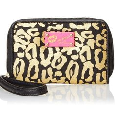 Betsey Johnson Leopard Wristlet NWT NWT still in original box and packaging,never opened.  ❤️MAKE AN OFFER IF YOU DONT LIKE THE PRICE! Use the offer button please.   ❌Don't ask me lowest, don't ask for free shipping, don't ask to trade, don't lowball.  Ships next day unless purchased on a Saturday or Holiday Betsey Johnson Bags Clutches & Wristlets