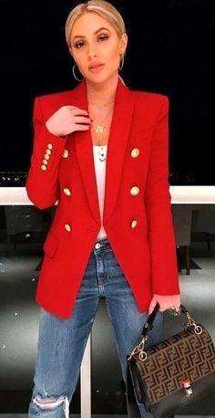 Casual Blazer, Look Blazer, Women's Casual, Beige Blazer, Red Blazer Outfit, Work Casual, Blazer Suit, Suit Jacket, Casual Winter Outfits