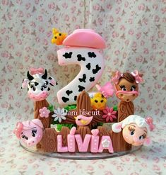 Fondant Numbers, 2nd Birthday, Birthday Parties, Cow Cakes, Girl Birthday Decorations, Fun Diy Crafts, Fondant Toppers, Farm Theme, Party Themes