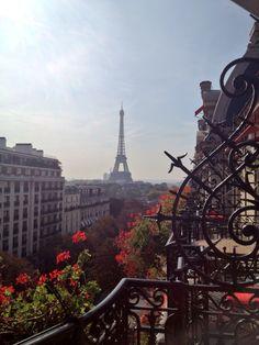 Lady Eiffel!