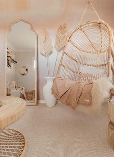 Cute Bedroom Decor, Room Design Bedroom, Bedroom Decor For Teen Girls, Cute Bedroom Ideas, Girl Bedroom Designs, Stylish Bedroom, Room Ideas Bedroom, Bedroom Ideas For Teens, Girls Bedroom Decorating
