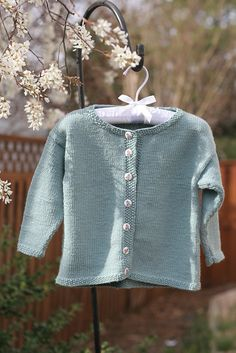 """""""Peter Rabbit Sweater"""" - Jacket with Moss Stitch Bands by Debbie Bliss"""