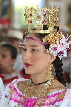 SRM, Yitzel Maure reina del 40 Festival nacional del Manito en el año 2011, Reina de tradicion Que viva el Manito