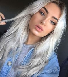 Gorgeous light blonde: think Gwen Stefani and her statement platinum hair silver hair Best Hair Colors For Fair Skin: 35 Examples Not To Miss Hair Pale Skin, Hair Color For Fair Skin, Cool Hair Color, Icy Hair, Silver Blonde Hair, Platinum Blonde Hair, Silver Hair Girl, Silver Platinum Hair, Bleach Blonde Hair